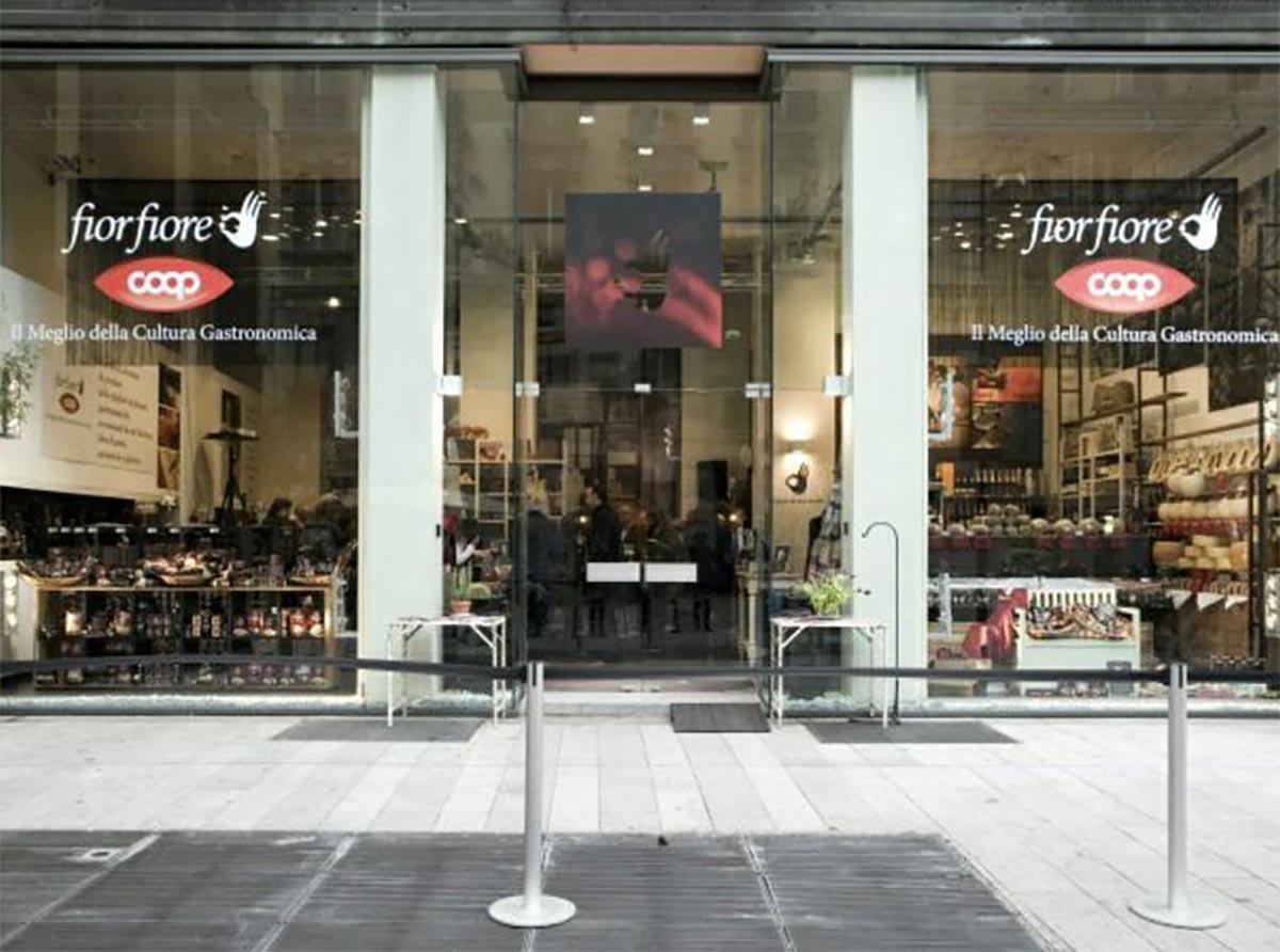 temporary-store-milano-corso-garibaldi-coop-eventi-del-gusto-pop-up-noleggio